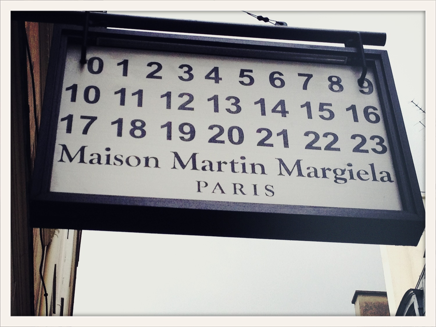 Paris shopping diary maison martin margiela visual therapy for Maison martin margiela paris