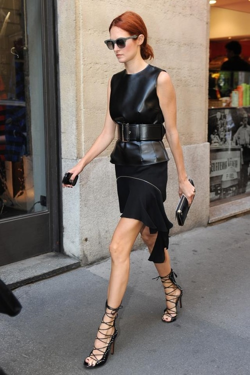 Taylor Tomasi Hill's look is avant-garde perfection