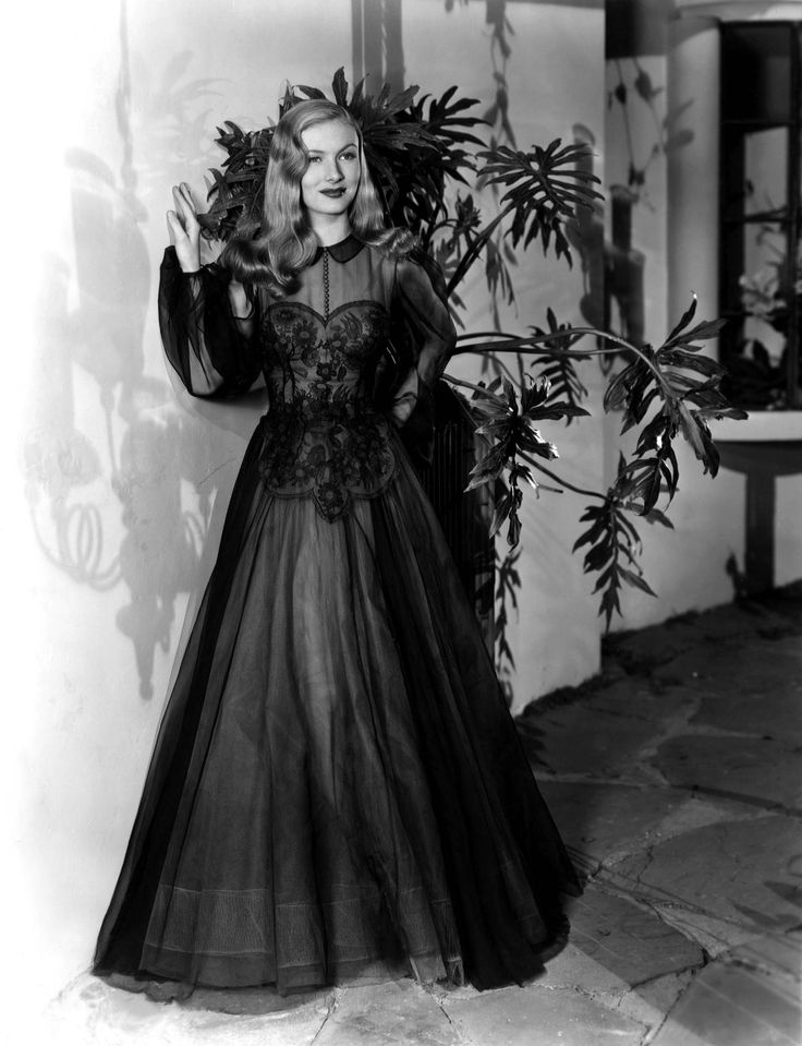 Veronica Lake wearing a gown by Edith Head (1943)